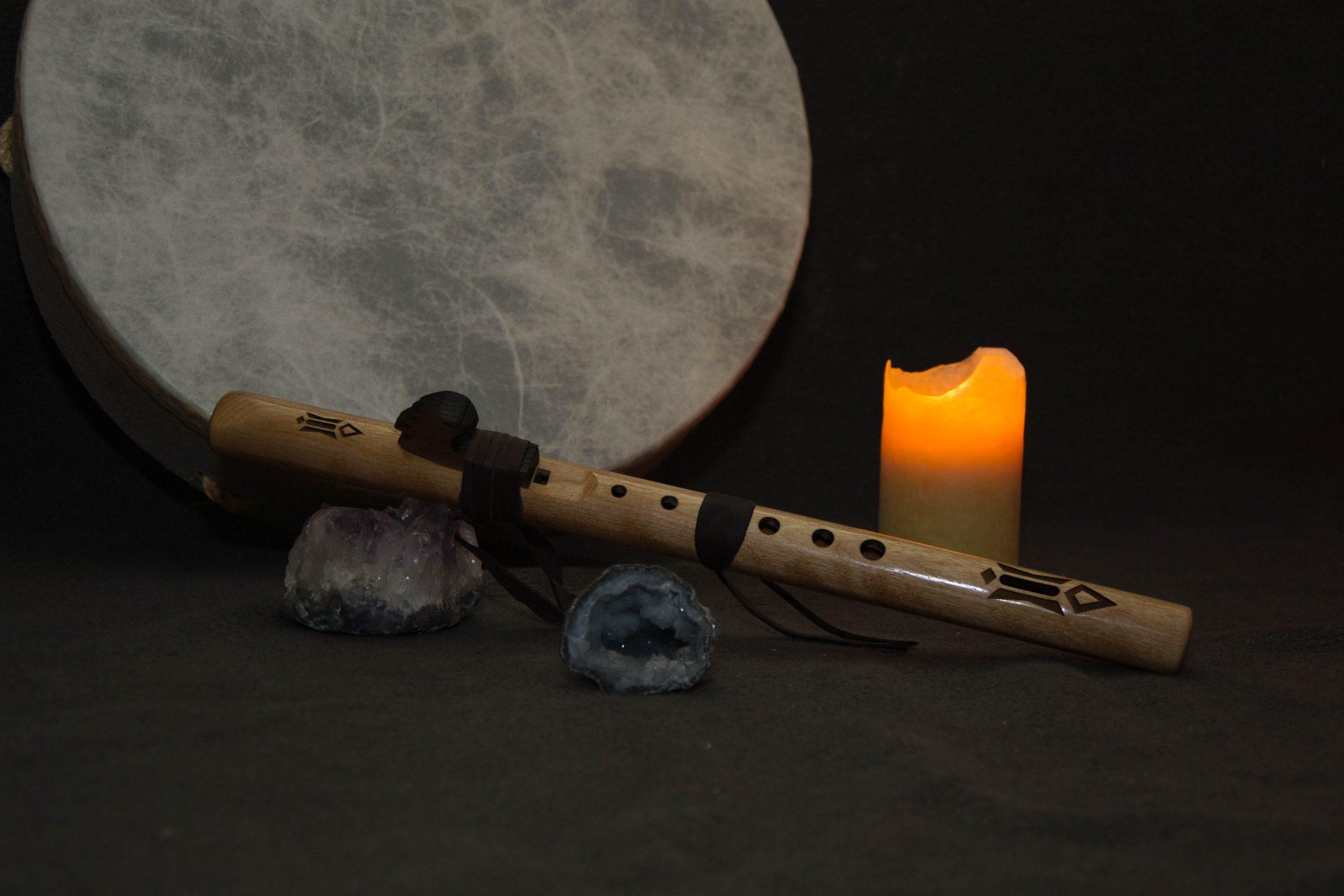 Flöte auf Steinen